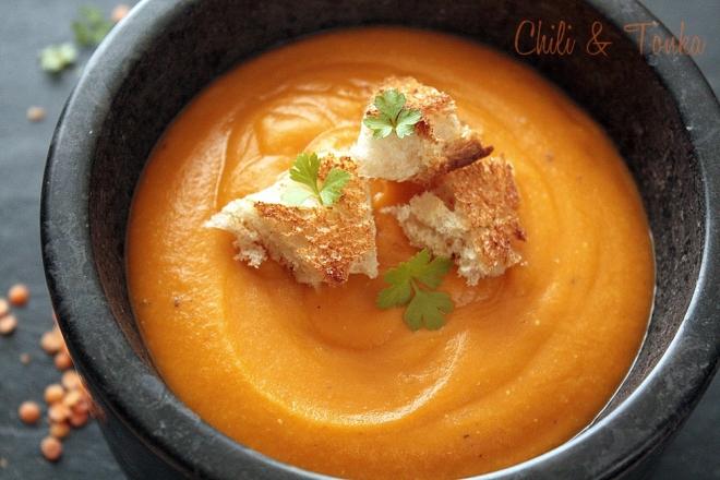 Zupa z soczewicy Chili & Tonka