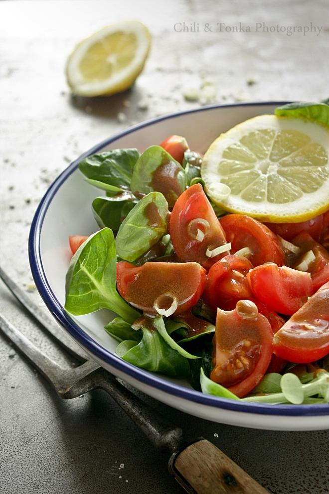 Sałatka z vinegret Chili & Tonka