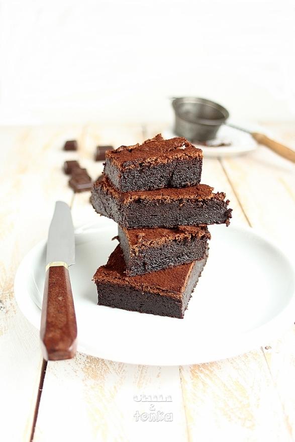 Ciasto czekoladowe 4 Chili & Tonka