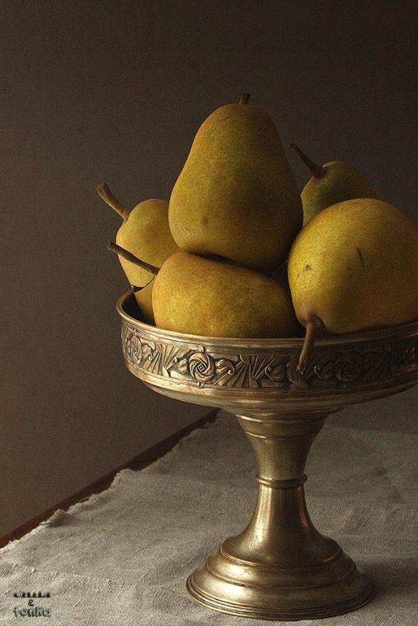 Pears / Chili & Tonka