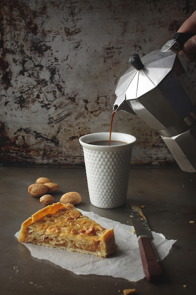 Dulce de leche almond  tart
