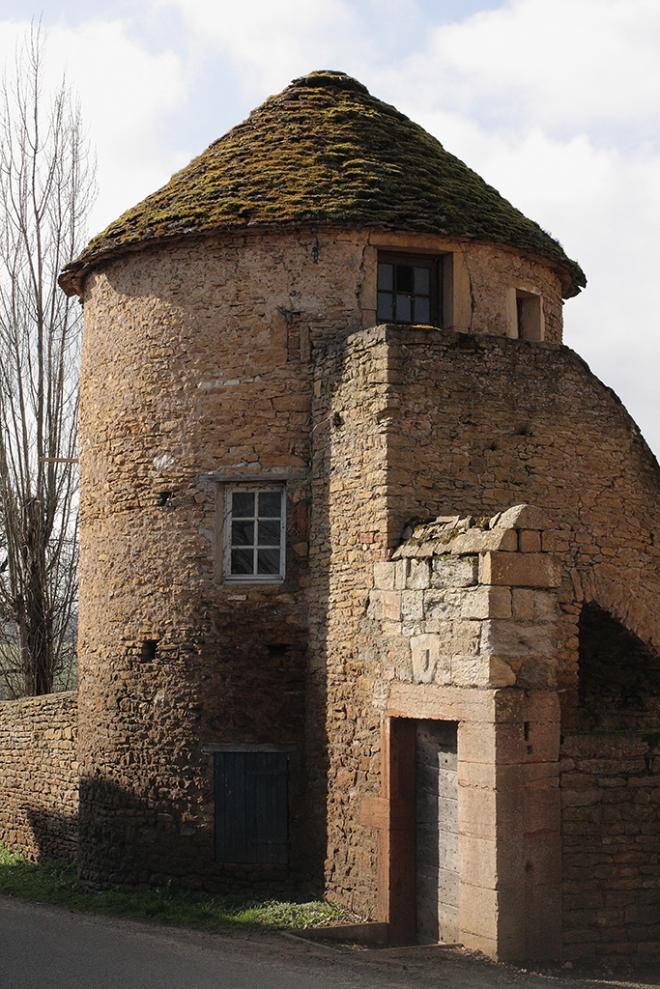Tezė, Bourgogne | chilitonka