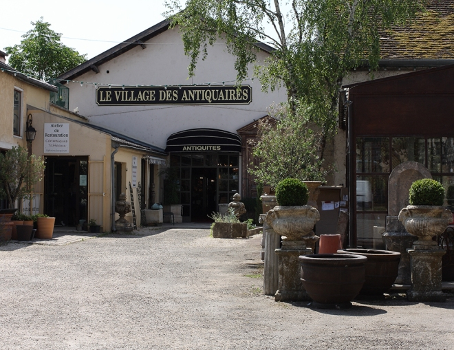 Antiquites Beaune| chilitonka