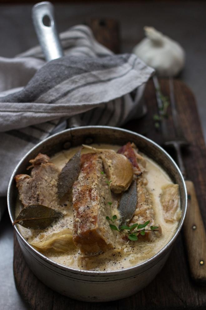 Schab duszony w mleku z czosnkiem | chilitonka