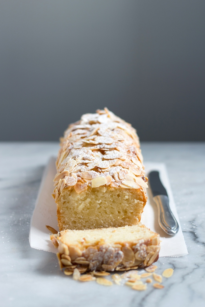 Almond and buttermilk cake | chilitonka