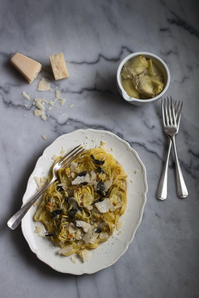 Tagliatelle z karczochem i szałwią | chilitonka